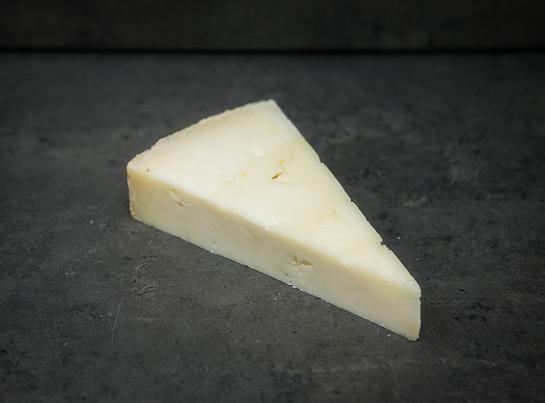 Heritage cheese.quicke%e2%80%99s goatssmall