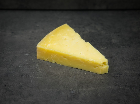 Heritage cheese.quicke%e2%80%99s extra mature cheddarsmall