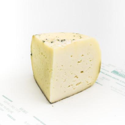 Italian cheese  borough market young age pecorino 250g 1 bianca mora