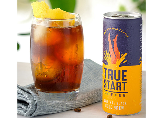 Truestart cold brew coffee   original black   poured