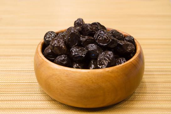 Turkish deli olives 18