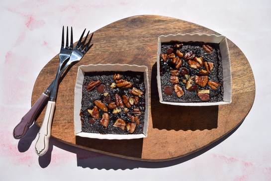 Pecan salted caramel top