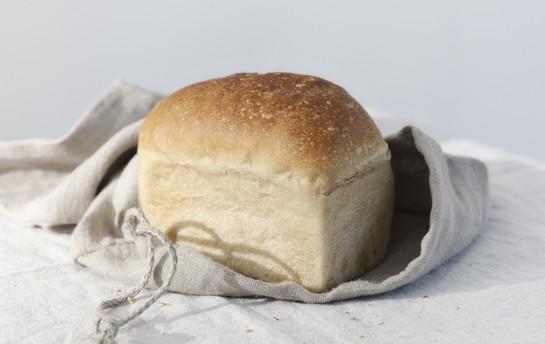 Bread l 2745