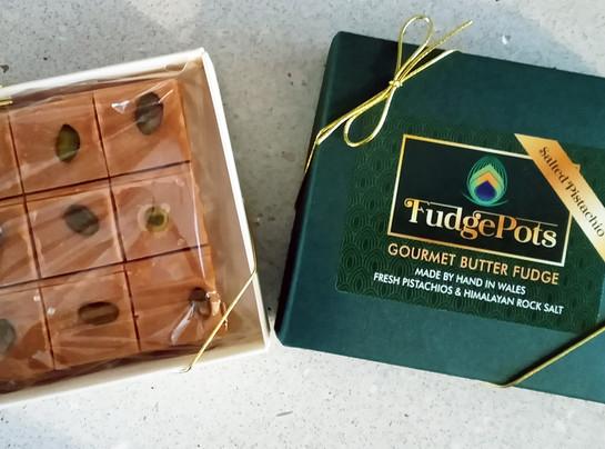 Fudgepots pistachio fudge unbroken squares in box