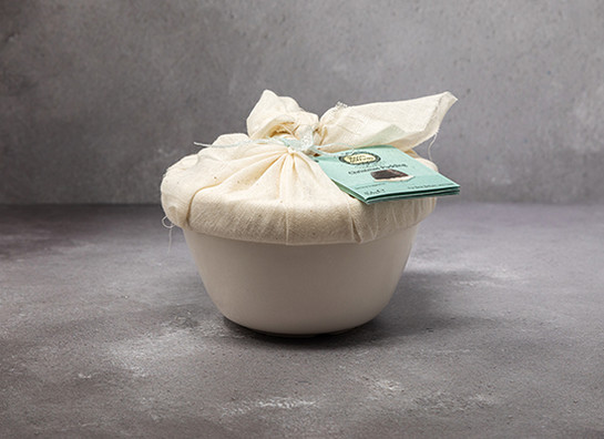 Roots   wings organic xmas pudding in ceramic bowl 454g gs better food prod 8422