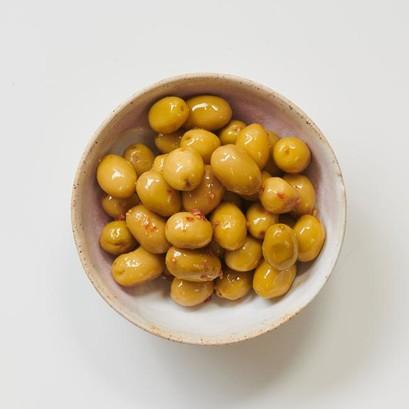 Cracked green olives 1 660x660 crop center