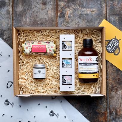 Gift box self care 1800x1800